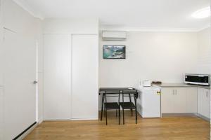 A kitchen or kitchenette at Australian Community Villages