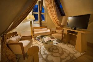 A television and/or entertainment center at Zvon Design Suites