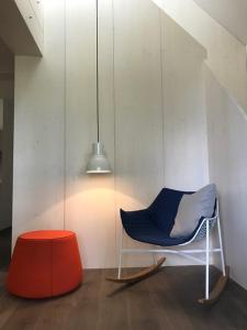 Ein Sitzbereich in der Unterkunft See-Apartment Weiden
