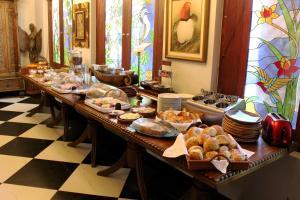 Frühstücksoptionen für Gäste der Unterkunft Hotel am Palais
