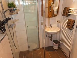 Ein Badezimmer in der Unterkunft Haus Florence