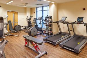 The fitness centre and/or fitness facilities at InterContinental Hotels - Edinburgh The George, an IHG Hotel