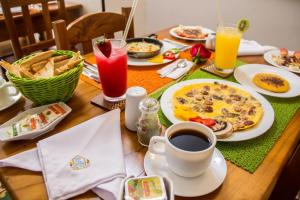 Breakfast options available to guests at Hotel Boutique Casa Isabel