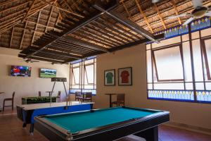 Een biljarttafel in Allegro Playacar - All Inclusive Resort