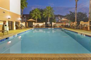 The swimming pool at or close to Hyatt Place Orlando / I-Drive / Convention Center