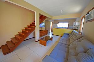 Uma área de estar em Eco Resort Serra Imperial
