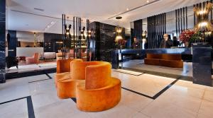 The lobby or reception area at Altis Avenida Hotel