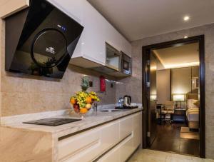 A cozinha ou cozinha compacta de Boudl Gaber