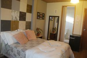 Cama ou camas em um quarto em BC Paradise Hostel