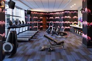 The fitness center and/or fitness facilities at Renaissance Las Vegas Hotel
