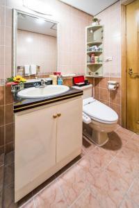 A bathroom at Rose Garden Residences