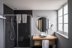 A bathroom at Stay Hotel Évora Centro