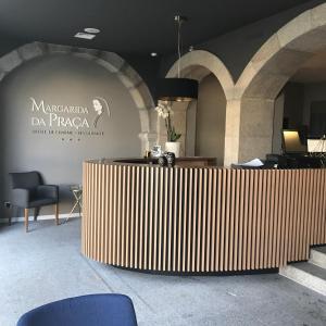 The lobby or reception area at Hotel Margarida Da Praça