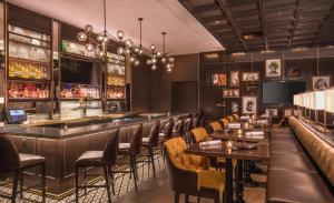 A restaurant or other place to eat at Hilton Wilmington/Christiana