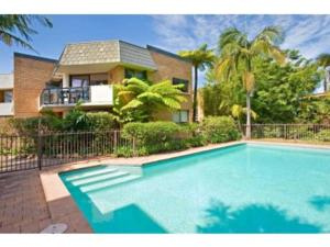 The swimming pool at or near Two Bedroom Apartment Napier Street I(NAP13)
