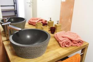 Salle de bains dans l'établissement Chambres d'hôtes Souffle Nature