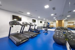 The fitness center and/or fitness facilities at Hotel Ora