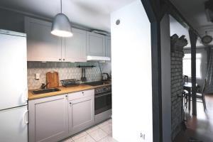 Kuchnia lub aneks kuchenny w obiekcie Dom nad Wdą Bory Tucholskie