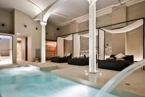The swimming pool at or close to Yurbban Passage Hotel & Spa