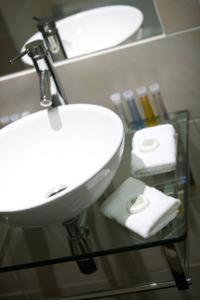 A bathroom at Buchan Braes Hotel