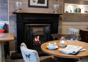 A restaurant or other place to eat at Royal Oak at Keswick