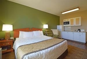 A bed or beds in a room at Extended Stay America Suites - Fairbanks - Old Airport Way