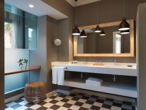 Un baño de Casa Vincke Hotel