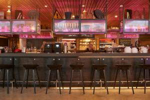 The lounge or bar area at Moxy Munich Messe