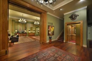 The lobby or reception area at Marrol's Boutique Hotel