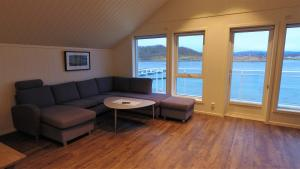 A seating area at Saltstraumen Brygge