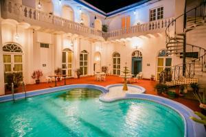 The swimming pool at or close to Casa Morey