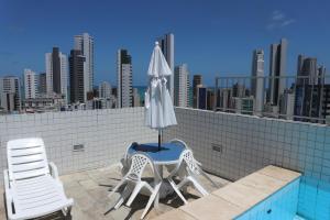 Uma varanda ou terraço em Apartamento Alice Tenório