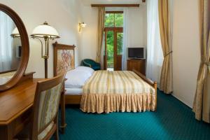 Postel nebo postele na pokoji v ubytování Spa Resort Libverda - Villa Friedland