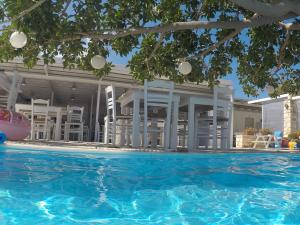 The swimming pool at or close to Margarita Studios Ambelas