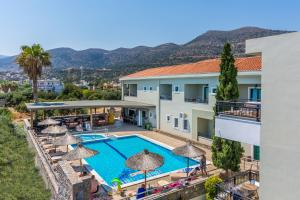 A view of the pool at Dias Hotel & Apts or nearby