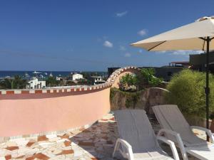 Ein Balkon oder eine Terrasse in der Unterkunft Eco Hotel Katarma