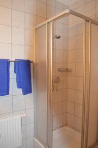 A bathroom at Chalet Kammleitn