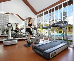 The fitness centre and/or fitness facilities at Casa Velha do Palheiro