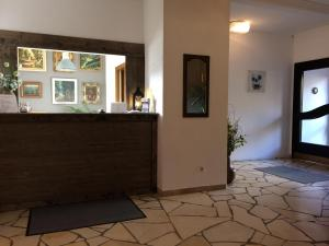 The lobby or reception area at B&B Hotel Stadt Winterberg