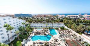 Een luchtfoto van Spring Hotel Vulcano