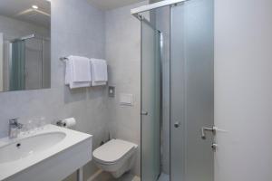 Ein Badezimmer in der Unterkunft Falkensteiner Hotel Park Punat