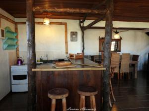 A cozinha ou cozinha compacta de Casa Morango