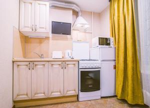Кухня или мини-кухня в RentPiter Pushkinskaya 4 center SPb