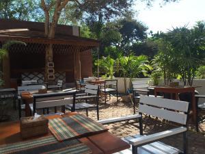 Ein Restaurant oder anderes Speiselokal in der Unterkunft Bagan Nova