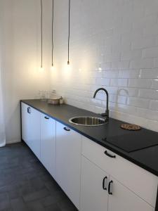 A kitchen or kitchenette at Salerno M'illumina