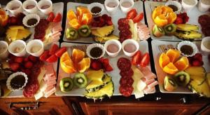 Breakfast options available to guests at Casa Rural Higeralde