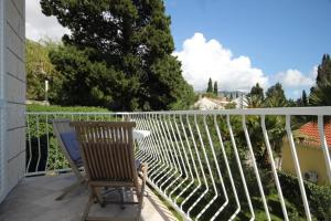 A balcony or terrace at Apartments and rooms with parking space Mlini, Dubrovnik - 8994