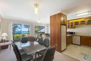 A kitchen or kitchenette at Ballingalla Apartments - By the Golf Course