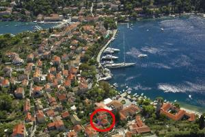 A bird's-eye view of Apartments and rooms by the sea Cavtat, Dubrovnik - 8974