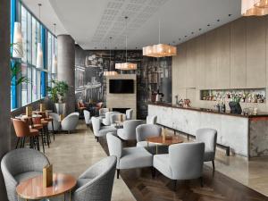 The lounge or bar area at Radisson Blu Hotel, Birmingham